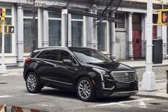 2017 Cadillac XT5 Exterior 01