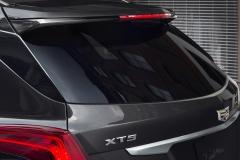 2017 Cadillac XT5 Exterior 10