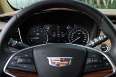 2017 Cadillac XT5 Interior 011 Gauge Cluster