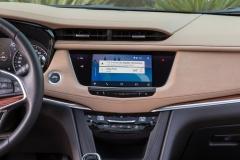 2017 Cadillac XT5 Interior 017 Apple CarPlay