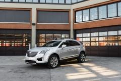 2017 Cadillac XT5 Platinum Exterior 004