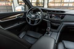 2017 Cadillac XT5 Platinum Interior 002