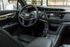 2017 Cadillac XT5 Platinum Interior 003