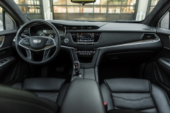 2017 Cadillac XT5 Platinum Interior 004