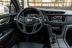 2017 Cadillac XT5 Platinum Interior 005