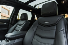 2017 Cadillac XT5 Platinum Interior 009 front seat