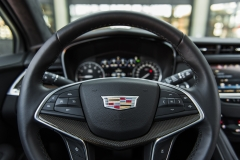 2017 Cadillac XT5 Platinum Interior 010 steering wheel