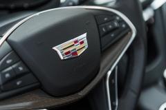2017 Cadillac XT5 Platinum Interior 014 Cadillac logo on steering wheel