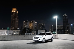 2017 Cadillac XT5 Platinum Rooftop in Detroit 02