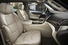 2018 Cadillac Escalade interior 003