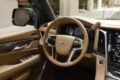 2018 Cadillac Escalade interior 004