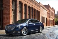 2018 Cadillac XTS exterior 001