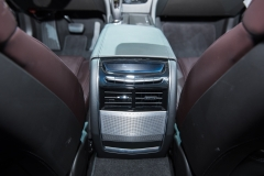 2019 Cadillac CT6 V-Sport interior - 2018 New York Auto Show live 020 - rear AC vents with Panaray speaker