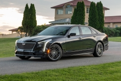 2019 Cadillac CT6-V Exterior 009 Front Three Quarters Zoom