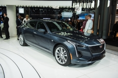 2019 Cadillac CT6 - 3.0L Twin Turbo V6 - exterior - 2018 New York Auto Show live 001