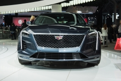 2019 Cadillac CT6 - 3.0L Twin Turbo V6 - exterior - 2018 New York Auto Show live 003 - front end with Cadillac logo