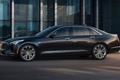 2019 Cadillac CT6 Platinum exterior 001 side zoom