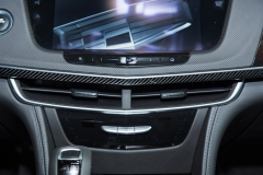 2019 Cadillac CT6 - interior - 2018 New York Auto Show live 008 - AC vents