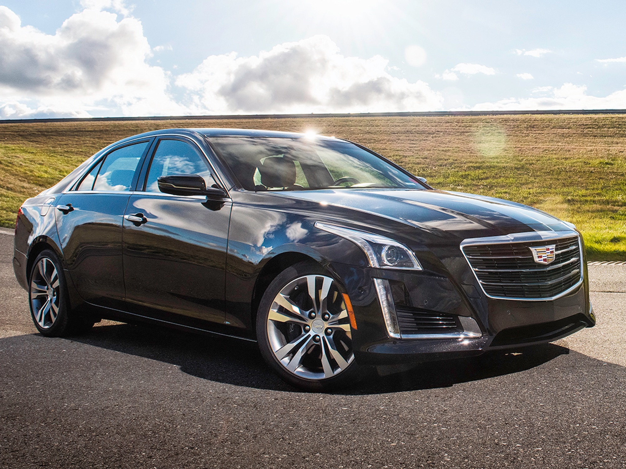 Cadillac Vehicle Pictures, Photos, Images & Galleries