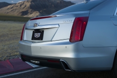 2019 Cadillac CTS Sedan Exterior 012 rear end and exhaust pipes
