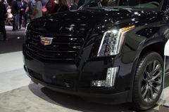 2019 Cadillac Escalade Sport - Exterior - Los Angeles Auto Show - November 2018 005 - Front End