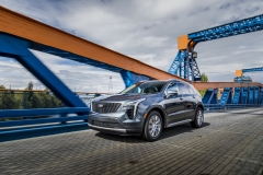 2019 Cadillac XT4 Premium Luxury - Exterior - Seattle Media Drive - September 2018 010
