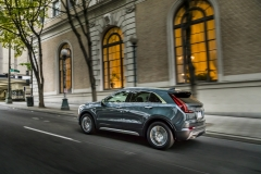 2019 Cadillac XT4 Premium Luxury - Exterior - Seattle Media Drive - September 2018 016