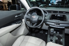 2019 Cadillac XT4 Premium Luxury interior - 2018 New York Auto Show live 005