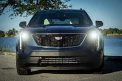 2019-Cadillac-XT4-Sport-Exterior-Day-004-front-end-CS-Garage