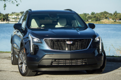 2019-Cadillac-XT4-Sport-Exterior-Day-007-front-three-quarters-CS-Garage