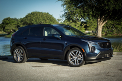 2019-Cadillac-XT4-Sport-Exterior-Day-012-front-three-quarters-CS-Garage