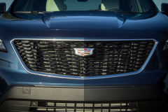 2019-Cadillac-XT4-Sport-Exterior-Day-034-grille-with-Cadillac-logo-CS-Garage