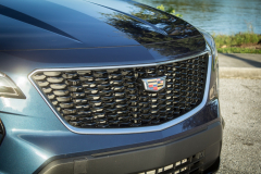 2019-Cadillac-XT4-Sport-Exterior-Day-037-grille-with-Cadillac-logo-from-side-CS-Garage