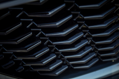 2019-Cadillac-XT4-Sport-Exterior-Day-040-grille-detail-V-shape-CS-Garage