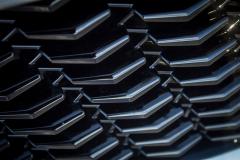 2019-Cadillac-XT4-Sport-Exterior-Day-041-grille-detail-V-shape-CS-Garage