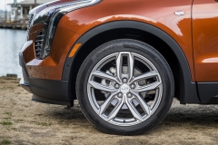 2019 Cadillac XT4 Sport - Exterior - Seattle Media Drive - September 2018 045