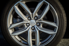 2019-Cadillac-XT4-Sport-Exterior-Wheels-002-CS-Garage