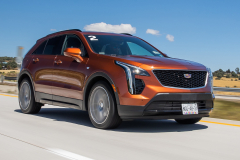 2019-Cadillac-XT4-Sport-Media-Drive-Mexico-Exterior-004-front-three-quarters-on-highway