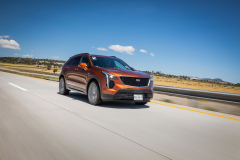 2019-Cadillac-XT4-Sport-Media-Drive-Mexico-Exterior-005-front-three-quarters-on-highway