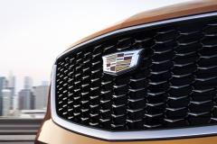 2019 Cadillac XT4 exterior 018