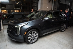 2019 Cadillac XT4 exterior live reveal 015 front three quarters