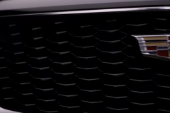 2019-Cadillac-XT4-grille-and-logo
