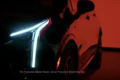 2019-Cadillac-XT4-headlight-003