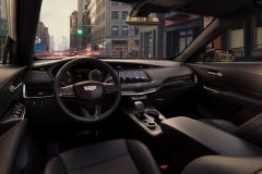 2019 Cadillac XT4 interior 001