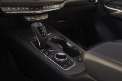 2019 Cadillac XT4 interior 004