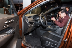 2019 Cadillac XT4 interior live reveal 001