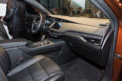 2019 Cadillac XT4 interior live reveal 004