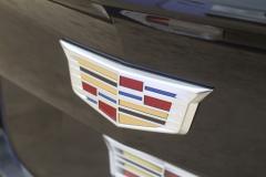 Cadillac-Logo-on-liftgate-of-2019-Cadillac-XT4-Sport-Exterior-in-Stellar-Black-Metallic-at-Cadillac-Event-002