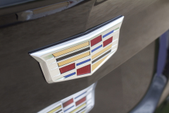 Cadillac-Logo-on-liftgate-of-2019-Cadillac-XT4-Sport-Exterior-in-Stellar-Black-Metallic-at-Cadillac-Event-003