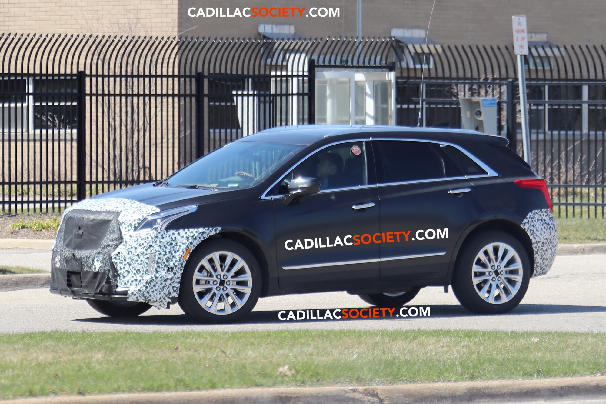 2021 Spy Shots Cadillac Xt5 Release Date